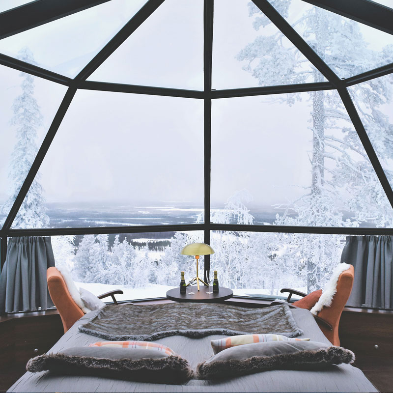 Winter accommodation packages and special offers for glass igloos.