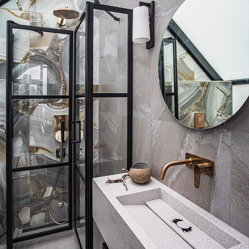 Suite-iglun design-pesuhuone